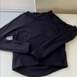 Lululemon cropped pull over